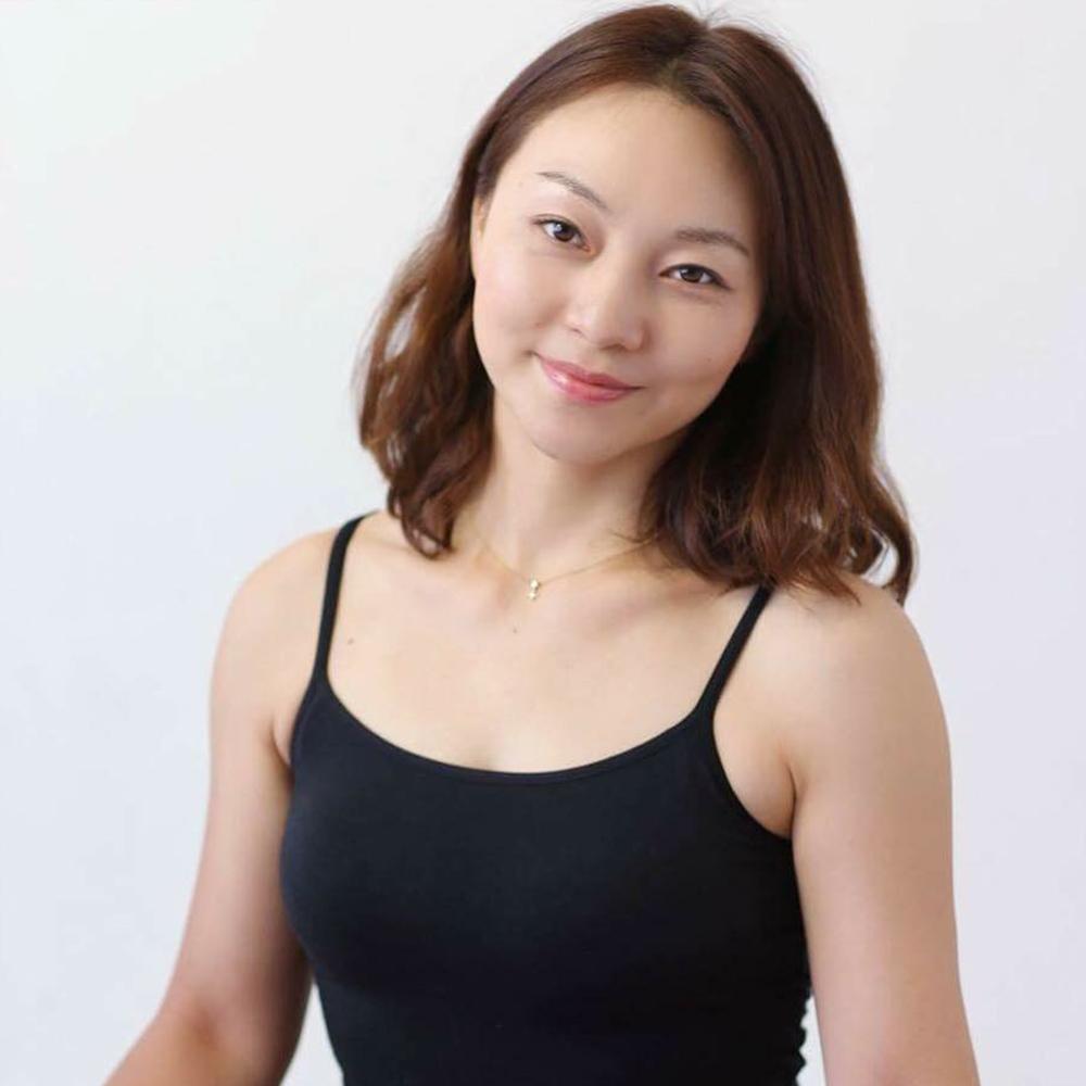 yoga 安藤 奈津子